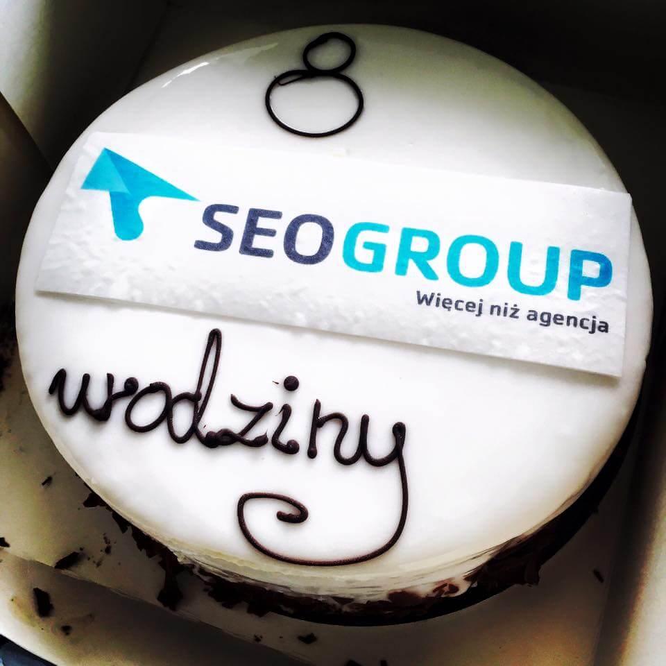 Tort urdzinowy SEOgroup od Deker Patissier & Chocolatier