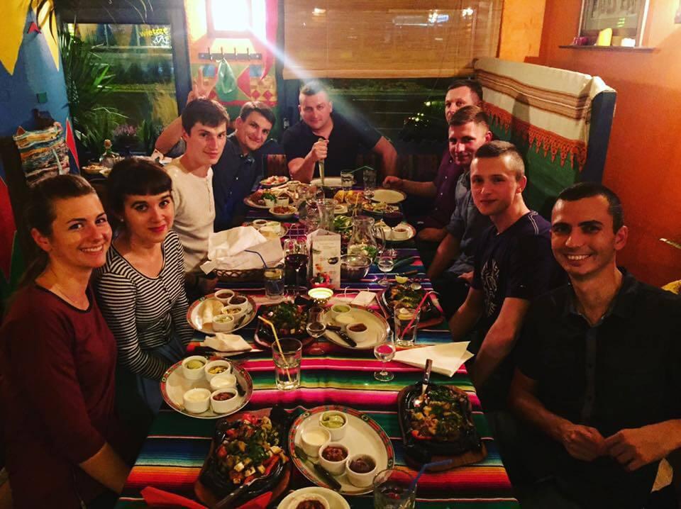 Dream Team SEOgroup po godzinach - Restauracja Pueblo